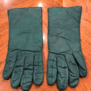 Vintage Forest green leather gloves. EUC!